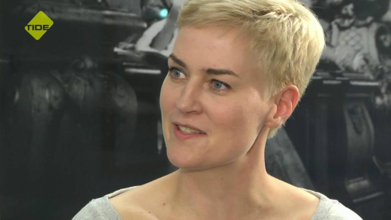 Daniela Hinrichs Helium Talk Interview Youtube